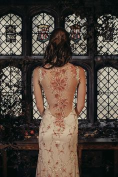 Maple couture wedding dress by Claire Pettibone, Photo: Dan O'Day