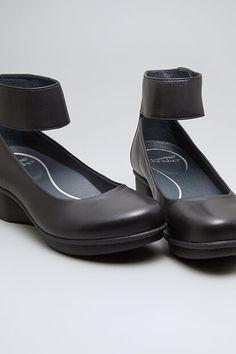 49d39fb96fd 62 Best Shoes for Plantar Fasciitis images