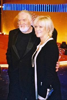 Frida and friend and musician Jon Lord ( Deep Purple )promoting the wonderful The Sun Will Shine Again in Berlin in the autumn of 2004.