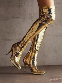 golden sparkle boots golden sparkle boots This image has get 3 rep. Bling Bling, Heeled Boots, Shoe Boots, Gold Aesthetic, Aesthetic Fashion, Gold Boots, Gold Everything, Shades Of Gold, Stay Gold