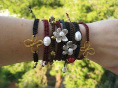 Η τεχνική του μακραμέ εισβάλλει στις συλλογές μας Beaded Bracelets, Winter, Jewelry, Fashion, Winter Time, Moda, Jewlery, Jewerly, Fashion Styles