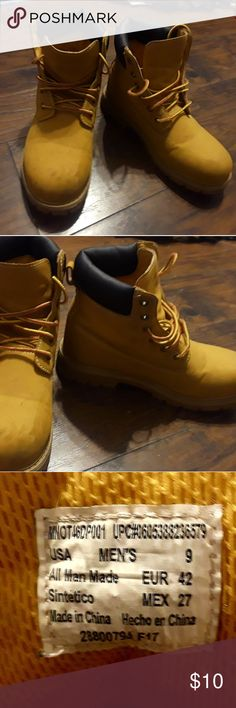 OZARK MEN'S WORK BOOTS!! Size 9 preowned men's work boots. ozark Shoes Boots