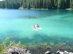 Clear Lake in Oregon - absolutely gorgeous. Plan to take in the 5 mile hike around the lake. An underground spring at the north end of the lake is where the McKenzie river begins. The lake color is amazing! #site:travelusalink.top