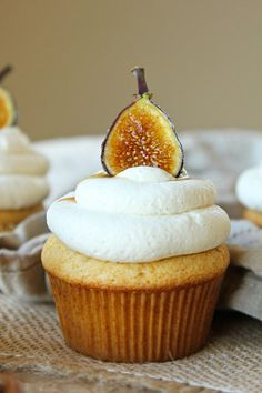 fig honey cupcakes
