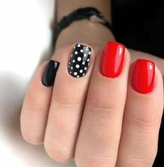 Trendy Nails Black Classy Polka Dots 59 Ideas Trendy Nails Schwarz Noble Tupfen 59 Ideen This image has get. Fancy Nails, Red Nails, Pretty Nails, Hair And Nails, Classy Nails, Polish Nails, Red Black Nails, Black Dots, Red Summer Nails