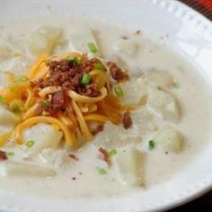 Slow Cooker Creamy Potato Soup - This is a very rich and creamy soup. A great family favorite. It may be cooked on the stove or in a slow cooker. Garnish with chives, if desired. Slow Cooker Potatoes, Crock Pot Slow Cooker, Crock Pot Cooking, Slow Cooker Recipes, Crockpot Recipes, Soup Recipes, Cooking Recipes, Dinner Crockpot, Soups