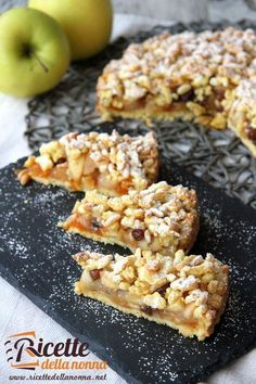 A mix between an apple pie,strudel and a tart. Sweet Recipes, Cake Recipes, Dessert Recipes, Italian Desserts, Italian Recipes, Easy Cooking, Cooking Recipes, Happiness Recipe, Homemade Birthday Cakes