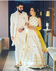 21 Fashionable & Dapper Mehndi Outfit Ideas for Your Groom