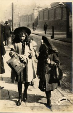 Kensington, London (2 May 1906)
