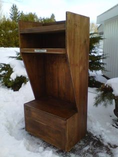 I would like to commission this wooden hockey locker.