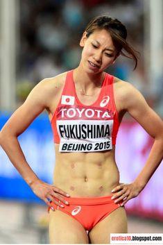 Womens Style Discover ニュース写真 : Chisato Fukushima of Japan reacts after finishing. Gymnastics Photos, Gymnastics Photography, Sport Gymnastics, Artistic Gymnastics, Foto Sport, Triathlon Women, World Athletics, Cheer Athletics, Muscle Building