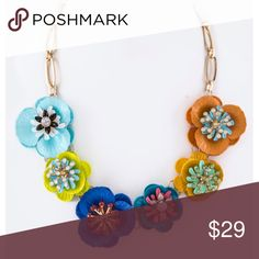 """Sale! Bright Color Flower Statement Necklace Beautiful!! Gorgeous multicolored flower necklace. Perfect for spring! Has an Anthropologie feel to it. Can be very boho, or add a bit of Springtime to your work outfit. Add lots of color with this beautiful necklace. 19"""" plus extension. On sale from $29!   [BUNDLE] for 15% off!  ❌No trades, PayPal, Holds 📷Instagram: @lovelionessie Jewelry Necklaces"""