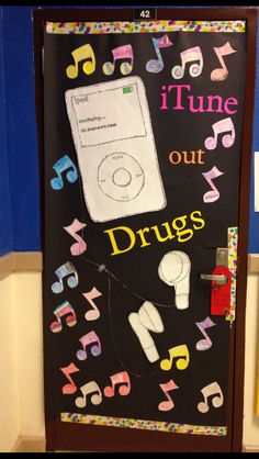 Red Ribbon Week Door- iTunes out drugs 4th Grade Classroom, Classroom Door, Classroom Ideas, Drug Free Posters, Drug Free Week, Music Bulletin Boards, Red Ribbon Week, Teacher Doors, School Doors