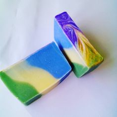#Handmade cold process soap with swirl. Made with clary sage, geranium and ylang ylang. #coldprocess  #essentialoils #blue #yellow #green #clarysage #ylangylang #geranium