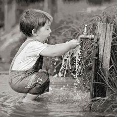 Saraseragmail.com...... Le cose più belle della vita vanno vissute con il cuore, non hanno bisogno di troppa filosofia. La loro grandezza è la semplicità.