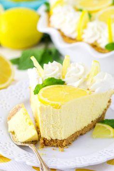 Lemon Mascarpone Cream Pie Recipe   Homemade Lemon Cream Pie Easy Pie Recipes, Cream Pie Recipes, Lemon Recipes, Cake Recipes, Dessert Recipes, Lemon Whipped Cream, Lemon Cream Pies, Dessert Aux Fruits, Pie Dessert