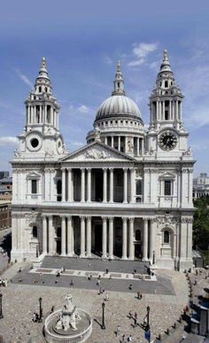 St Pauls Cathedral, London, designed by Sir Christopher Wren. Location of Prince Charles and Princess Diana's wedding.