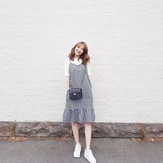 45 Adorable Outfit Ideas Korean To Update Your Dressing outfit ideas korean, G•i•n•g•h•a•m Modest Outfits, Classy Outfits, Modest Fashion, Casual Outfits, Fashion Dresses, Cute Outfits, Korean Street Fashion, Korea Fashion, Asian Fashion