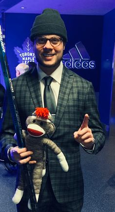 Hockey Quotes, Hockey Memes, Maple Leafs Hockey, Diy Friendship Bracelets Patterns, Field Hockey, Toronto Maple Leafs, Sharp Dressed Man, Hockey Players, Ice Hockey