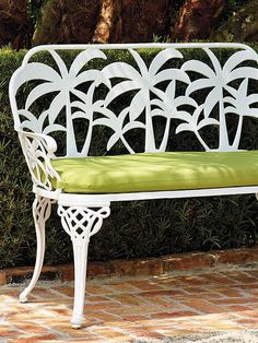 Bring the spirit of the coast to your poolside or patio with the intricately detailed Palm Beach Bench.