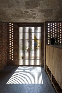Termitary House | Tropical Space #entrance