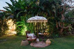 Gloria bamboo) arriving in June Garden Parasols, Patio Umbrellas, Small Gardens, Outdoor Gardens, Parasol Base, Garden Inspiration, Garden Ideas, Al Fresco Dining, Terrace Garden