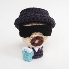 Learn how to crochet our favorite little drug lord of all time.