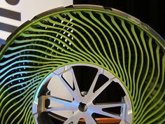 Details we like / Air Free Tyre / Bridgestone / Layers / Green / at Extraordinary Wheels