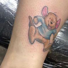 Uplifting Winnie the Pooh Tattoos Winnie The Pooh Honey, Winnie The Pooh Friends, Cartoon Design, Cartoon Styles, Piglet Tattoo, Winnie The Pooh Tattoos, Knight Tattoo, Awareness Tattoo, Balloon Tattoo