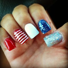 msnikkiprincess' festive tips. Show us your 4th of July-inspired nails! Tag your pic #SephoraNailspotting to be featured on our social sites.