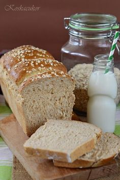 Koskacukor: Zabpelyhes kalács Bread Rolls, Canapes, Bread Recipes, Bakery, Good Food, Food And Drink, Sweets, Healthy Recipes, Cooking