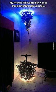 Where do you put the presents <<< haha didn't think about that. Oh well it looks cool lmao Haha, Funny Memes, Hilarious, Dankest Memes, Picture Day, Looks Cool, The Funny, Stupid Funny, The Best