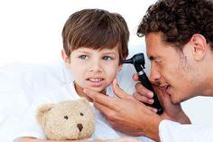 """Scopri i rimedi naturali e i cibi giusti per """"alzare"""" le difese dell'orecchio dei bambini ed evitare di usare farmaci inutili contro l'otite"""
