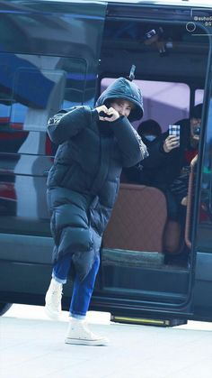 // 181119 Suho at incheon airport heading to taiwan Kyungsoo, Exo Chanyeol, Kpop Exo, Exo K, Kim Joon Myeon, Photo Editing Vsco, Exo Lockscreen, Exo Ot12, Chanbaek