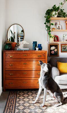 Kolme kotia - Three Homes Päivän kahdessa ensimmäisessä ja mielenkiintoisessa kodissa ollaan vielä joulutunnelmissa. Australialaisen kodi...