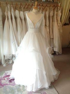 Organza tiered crin dress in organza and Mikado Designer Wedding Dresses, Ruffle Dress, Formal Dresses, Beautiful, Fashion, Horsehair, Formal Gowns, Moda, Fashion Styles