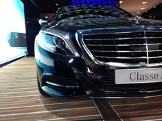 Mercedes Benz s class in Paris. It look lovely with pattern from reflect