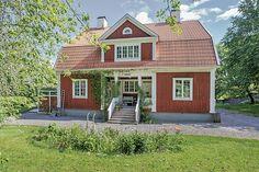 Sjukhusgatan 4 - Friliggande villa till salu - Åtvidaberg, Åtvidaberg. Hemnet - Sveriges största bostadssajt.