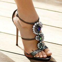 Crystal Sandals Yes or No? #giuseppezanottiheelszapatos #giuseppezanottiheelsfun