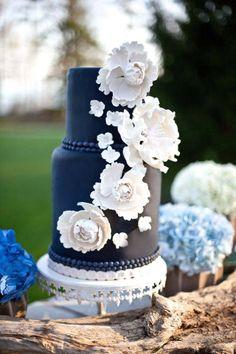 Beautiful Black Floral Wedding Cake