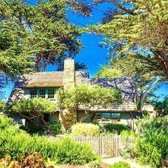 Cottage among the trees  #carmelbythesea #cottage #instacottage #fairytalehouse #storybookhouse #charminghouses #oldhousecharm #casalinda #oldhouselove  #instaarchitecture #housedesign #archi_ologie #beautifulhouseoldandnew #instahouse #houseportrait #houses_ofthe_world #casasecasarios2  #houses_phototrip #montereycounty #californiacoast #montereybaylocals - posted by S Jensen https://www.instagram.com/cilantrosue - See more of Monterey County at http://montereybaylocals.com
