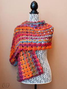 Painted Sunrise Summer Wrap, #crochet free pattern, @OombawkaDesign, #haken, gratis patroon (Engels), omslagdoek, stola, leuk waaierpatroon voor verloopgaren
