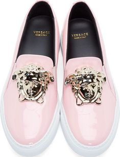 Sublime 15 Best Versace Sneaker for Women You Must Know https://fazhion.co/2018/04/02/15-best-versace-sneaker-for-women-you-must-know/ By the way, in this article 'Best Versace Sneaker for Women' I am inviting you for the sneakers in many colors, in many designs, in different materials also, with the Medusa logo as well.