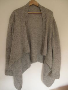 Such a comfy looking cardigan