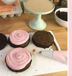 rabarbermousse-tårtfyllning