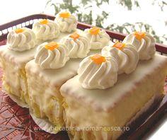Prajitura cu portocale Fun Desserts, Delicious Desserts, Dessert Recipes, Yummy Food, Dessert Ideas, Romanian Desserts, Romanian Food, Hungarian Cake, Cupcakes