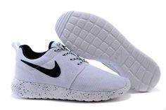 Black Friday - Nike Roshe Run 2015 Mesh White Couple