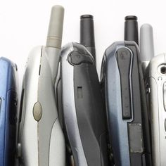 We've rounded up eight ways you can recycle your old phone, from using it as an external hard drive to donating it to a worthy charity. Cell Phone Kiosk, Cell Phone Store, Free Cell Phone, Things You Can Recycle, Ways To Recycle, Reuse, Cell Phone Recycling, Phone Jokes, Cell Phones For Seniors