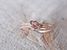 Double Love Knot Ring Rose Gold Fill by AutumnEquinox on Etsy Buy Gold Jewellery Online, Jewellery Shop Near Me, Jewelry Stores Near Me, Jewellery Box, Jewelry Shop, Gold Gold, Bijoux Or Rose, Love Knot Ring, Knot Rings