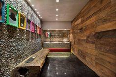 Separamos os banheiros mais lindos de todas as edições da Casa Cor que aconteceram em 2014. Navegue pela galeria e se inspire!